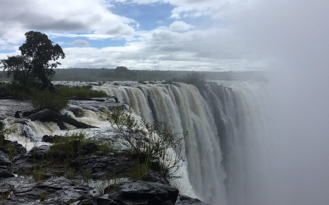 Victoriafalls: The smoke that thunders…